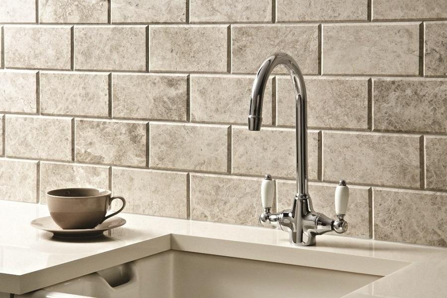 Nieuwe tegels voor je keuken of badkamer? Contacteer ons nu!